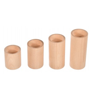 Set oval wooden candlesticks